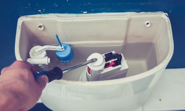 4 Signs That It's Time To Call A Plumber