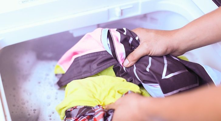 How Can I Make my Laundry Smell Good Without Harsh Chemicals
