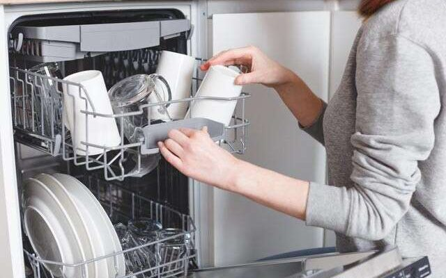 The Ultimate Dishwasher Buying Guide